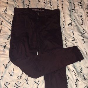 Maroon American Eagle jeans // size 14 XL